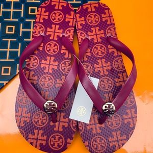 Tory Burch NWT Flip Flop Flat Sandals Pink Square